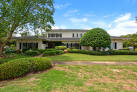 135 Country Club Dr